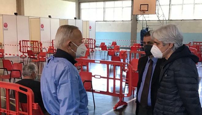 """ISOLA DEL LIRI – Sabato 15 Maggio open day Centro Vaccinale Astrazeneca all'IISS """"Nicolucci"""""""