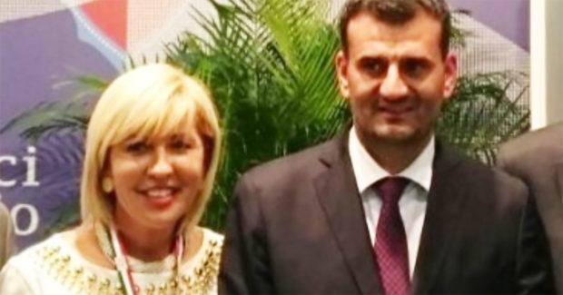 Maria Paola D'Orazio al lavoro con il Pres. Naz. ANCI, Antonio De Caro, per il PNRR
