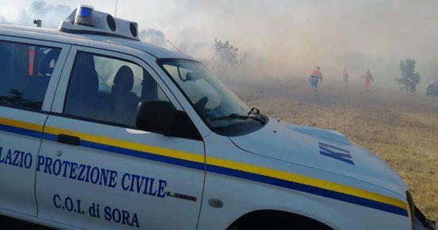 Incendio a La Bagnara: Vigili del Fuoco e Protezione Civile domano le fiamme