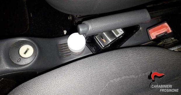 ISOLA DEL LIRI – Cocaina in macchina e in negozio: arrestato 31enne albanese